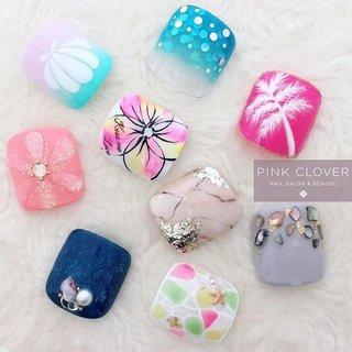* * Summer PEDI Campaign 2019💙 * 今年もオール新作♡ インスタキャンペーン今年もやります✨ * お気に入りのデザインにコメント欄から投票お願いします…♡+* , コメントいただいた方全員に500円引きクーポンお送りします😊 * ーーーーーーーーーーーーーーーーーーーーーーーーー . . Instagram⇨pink_clover_nail . . #浦安 #千葉  #フォローたくさんありがとうございます😊#PinkClover #クリスタルピクシー取扱サロン #スワロフスキー社協賛サロン #nailstagram #naildesigns #instanails —————————————————— 🍀Pink Cloverネイルサロン&スクール🍀 東京メトロ東西線 浦安駅 徒歩30秒 営業時間 10:00〜21:00(最終受付20:00) 当日予約はお電話にて♡ ☎047-702-5180 —————————————————— #2019初夏ネイル #初夏ネイル #夏ネイル #キャンペーンデザイン #Footジェル #フットジェル  #足をかわいくしなきゃ #サンダル履けない #海行けない #夏が始まらない!! #インスタキャンペーン #オールシーズン #旅行 #海 #リゾート #フット #ワンカラー #シェル #大理石 #デニム #ニュアンス #ホワイト #ネイビー #カラフル #ジェル #Pink Clover ネイルサロン&スクール #ネイルブック