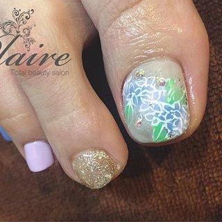 今回もおまかせで、、、 季節なので#紫陽花 を(^^) 無理な靴を履いてウォーキングをしたせいで、かなり親指のお爪がひどいことに(>_<) そんなのわからないくらいきれいになってます! なぜBeforeを取らなかったのか後悔(/A\)あぁぁ  #紫陽花ネイル #あじさいネイル #アジサイネイル  #八王子ネイルサロン #nail #八王子 #ネイルサロン #ネイル #nailart #ジェル #フィルイン #シェラック #LCN #美容 #スパ #SpaLuce #スパルーチェ #ジェルネイル #スワロフスキー #美甲 #美甲店 #光疗甲㓰#フラワーネイル #梅雨 #オフィス #デート #女子会 #フット #シンプル #ラメ #ワンカラー #フラワー #ショート #ホワイト #ピンク #ゴールド #ジェル #お客様 #Plaire MAI #ネイルブック