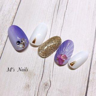 縦グラデーションネイル✨ ・ ・ ・ ・ +……………………………………………………………......+ 〜M's Nails〜 プライベートサロン💅 @msnails1016  ご予約・お問い合わせ♡ 🎀LINE ID・・@fbj1732b 📩メール・・msnails1016@gmail.com  皆様のご来店、お待ちしております(*´∀`)✨ +………………………………………………………………....+ #m'snails#エムズネイルズ#熊谷市#熊谷#熊谷ネイルサロン#自宅サロン#完全個室#お子様連れ大歓迎#ネイルケア#ケア重視#爪に優しいジェル#オフ無料#ご新規様大歓迎#定額制ネイル#フリーオーダー#お持ち込みデザインok#低価格#nail#ジェルネイル#2019#リーフジェル#agehagel#リッカジェル#夏ネイル#縦グラデーション#パステルブルー#パステルパープル #紫#summer#リゾート#シェルストーン#シェル#人魚の鱗#アイシング#夏ネイルデザイン #夏 #海 #リゾート #浴衣 #ハンド #グラデーション #ラメ #シェル #人魚の鱗 #アイシング #ホワイト #パープル #パステル #ネイルチップ #M's Nails〜private nail salon〜 #ネイルブック