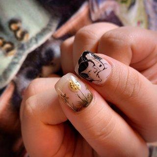 . . . ✴︎10本デザインコース ¥12000✴︎ . 初回のお客様は-¥1000offです💅 . . . . . . . . . . ご予約や詳細など、お気軽にお問い合わせ下さい♪ LINEID : m3.nails メール :m3.nails@icloud.com . #m3 #プライベートサロン #プライベートネイルサロン #ネイルサロン#privatenailsalon #東京 #tokyo #原宿 #harajuku #キャットストリート #nail #ネイル #ジェルネイル #gelnails #梅雨ネイル #ニュアンスネイル #flower #フラワーネイル #ネイルデザイン #sweet #可愛い #派手 #派手ネイル #手書き #手書きネイル #浮世絵 #浮世絵ネイル #花のある生活 #flowernail #夏ネイル #夏 #オールシーズン #成人式 #浴衣 #ハンド #痛ネイル #ニュアンス #ボタニカル #レトロ #和 #ミディアム #ホワイト #シルバー #メタリック #ジェル #お客様 #M3 mako #ネイルブック