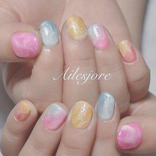 シャリシャリしてそうな氷っぽいネイル🍧🌞🌴 * 本厚木ネイルサロン Ailesjoreエルジョワ *  #nails #Japannail #nailswag #summernails #nailartist #nailstagram #naildesign #gelnails #beauty #젤네일 #네일 #指甲彩繪 #凝膠指甲 #美甲 #本厚木 #本厚木ネイルサロン #町田 #渋沢 #エルジョワ #夏ネイル #美容師ネイル #おしゃれネイル #ネイルアート #ショートネイル #ジェルネイル #💅🏼 #派手ネイル #ビジューネイル #グラデーションネイル #カラフルネイル #夏 #海 #リゾート #デート #ハンド #ラメ #ワンカラー #タイダイ #水色 #パステル #カラフル #ジェル #お客様 #nailist_tsubasa #ネイルブック