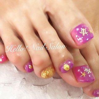 #いつもありがとうございます はじめてのジェルネイル😍✨ 紫とピンクが好きなの💗💜 ゴールドでとにかく派手に!✨ というご要望であとはおまかせだったので、 縦グラデーションで ホヌとヒトデ貝殻で夏っぽく🌴🌊 とても気に入っていただけました😍💗💗 *  #ジェルネイル #キラキラネイル #ピンクネイル #紫ネイル #フットネイル #マリンネイル #縦グラデーションネイル  #ゴールドラメ #海ネイル #夏ネイル #かわいい *  #相互フォロー希望 * #ネイル好きな人と繋がりたい  #足立区 #西新井 #足立区ママ  #ママネイルサロン  #西新井大師前 徒歩7分です! #ネイルサロン #自宅ネイルサロン #ネイル好き #夏 #海 #リゾート #浴衣 #フット #グラデーション #ラメ #シェル #スターフィッシュ #マリン #ショート #ピンク #パープル #ゴールド #ジェル #お客様 #Hello! Nail Salon #ネイルブック