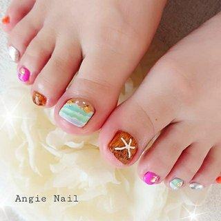・ ・ ・ ・ 本日のお客様 A 様 ・ いつも有難うございます♪ ・ ・ 今日は、☝️❗ 前回から決めていた Angieデザイン~🎵 ・ ・ 🏖️ 常夏ビーチ・木目&ヒトデ 🐚 ・ ・ 海へ行きたくなりますね~❤️ ・ Vividピンク、オレンジのアクセントが 可愛さUp↗️↗️↗️ ・ ・ 満喫して下さいませ~ ・ 有難うございました! ・ ・ ・ ・ ・ #夏フット#夏フットネイル#常夏ビーチ #ビーチネイル#木目ネイル#ヒトデパーツ#可愛い#手描きネイル#定額デザイン #守口市ネイルサロンアンジーネイル#守口市ネイルサロン#大日ネイルサロン#プライベートネイルサロン#隠れ家ネイルサロン #夏 #海 #リゾート #浴衣 #フット #シェル #マリン #スターフィッシュ #木目調 #水色 #パープル #ブラウン #ジェル #お客様 #angienail #ネイルブック