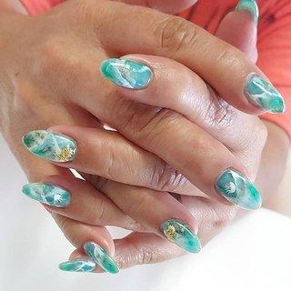 """""""涼しげな…""""お任せアート😉 そっとちいちゃな海月姫👾~ ジェルスカの透け感を活かして😉  #summernails  #seanails #blue #green #クラゲ #vetro #nail #nails #nailsalon #instanails #nailswag #nailstagram #nailart #naildesign #gelnails #manicurist #ネイル #ネイルデザイン #大人ネイル #ジェルネイル #ネイルサロン #八潮市 #八潮ネイル #八潮ネイルサロン #自宅サロン #kicco_k #夏 #海 #リゾート #ハンド #グラデーション #ニュアンス #マリン #ロング #ホワイト #グリーン #ターコイズ #ジェル #お客様 #kicco_k.nail #ネイルブック"""