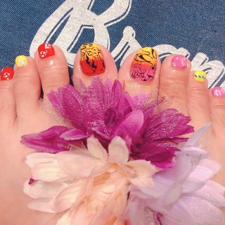 #マイフットネイル ポケモン #祭り  #グラデーション  #夏  切り絵風   夏だから祭りイメージでネイルチェンジ!  リザードンカッコイイ! #出張&オーダー Nail Factory Ami #ネイルブック