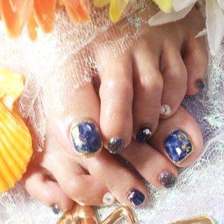 #人魚とネイビーの夏ネイル ホットペッパー予約→https://.hotpepper.jp/kr/slnH000388294/?cstt=4 Nail bookからの予約→https://nailbook.jp/nail-salon/22861/ 値段表→http://thiroom.blog.fc2.com/blog-entry-186.html ブログ→thiroom.blog.fc2.com/ #天美 #ネイルサロン #大阪ネイル #ネイル #キラキラネイル #夏ネイル #おしゃれネイル #nail #Cutenail #おしゃれ #かわいい #河内天美 #松原市 #癒し #素敵女子 #女子力 #人魚の鱗 #ホイル #夏 #海 #リゾート #デート #フット #ラメ #タイダイ #人魚の鱗 #ホイル #ホワイト #ネイビー #ゴールド #ペディキュア #お客様 #THI-ROOM #ネイルブック
