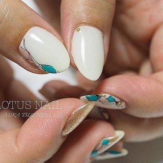 ・ お客様に合ったカラーで ニュアンスネイル💕 ・ ・ 【ホットペッパー】 【ネイルブック】 【LINE@】ID@sdw6009i 【MAIL】lotusnail47@gmail.com ・ ・#gelnails#nails#nail#art#artnails#nail#cute#cawaii#ショートネイル#シンプルネイル#ナチュラル#ネイルデザイン#3DNAILART#3DAttacker#3dattacker#3dストーン#lotusnail#LOTUSNAIL#ロータスネイル#ネイルサロン鶴川#町田ネイルサロン#maogel導入サロン町田#マオジェル導入サロン東京#マオジェル導入サロン神奈川#ニュアンスネイル#大人ネイル #オールシーズン #成人式 #梅雨 #クリスマス #ハンド #ステンドグラス #ニュアンス #マーブル #ミディアム #ホワイト #ターコイズ #ゴールド #ジェル #お客様 #chibimika #ネイルブック