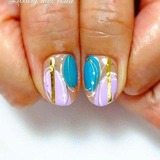 ". . ""ART ❤︎ART ❤︎ART"" . . なんとなく、アートしたいなぁーって思って描いてみたら、めっちゃ可愛いかったぁ❤︎❤︎❤︎ . やっぱりartの芸術性とオシャレ感は、お客様に届けていきたいなぁ❤︎❤︎❤︎ . . #nail  #nails  #nailart  #nailsaddict  #naildesign  #nailpro  #art  #design  #handdrawing  #colors  #japanesenails  #ネイル  #ネイルデザイン  #ネイルアート  #デザインネイル  #オシャレネイル  #ファッションネイル  #個性的ネイル #大人ネイル  #秋先取りネイル  #秋ネイル2019  #晩夏ネイル #小岩ネイルサロン  #일본 #美甲  #美甲設計  #네일스타그램 #夏 #秋 #オールシーズン #ハンド #ジオメトリック #バイカラー #プッチ #ミディアム #ターコイズ #パープル #ジェル #お客様 #Nailist maki #ネイルブック"