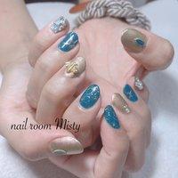 #埋め尽くしネイル #ブルー #蜂 #フラワー #オールシーズン #ハンド #シンプル #ワンカラー #ミディアム #ターコイズ #ブルー #nailroom Misty #ネイルブック