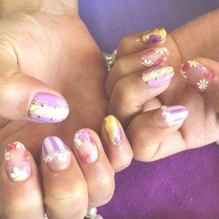 . 19'2月 #過去ネイル . 紫とか花とかがいいです! って言うたらラプンツェルみたいになりました . #滋賀ネイル #プライベートサロン #ネイルサロン #パラジェル #ジェルネイル #キャラクターネイル #キャラクター #冬ネイル #ウィンターネイル #春ネイル #春 #冬 #disneynails #Disney #ラプンツェル #ラプンツェルネイル #ラプンツェルカラー #パープル #ホワイト #Flower #フラワーネイル #押し花 #乙女ネイル #大人ネイル #シンプル上品 #シンプルだけど派手 #かわいいネイル #女子力ネイル #ネイルアート #ネイルデザイン #手書きアート #春 #オールシーズン #デート #女子会 #ハンド #パール #キャラクター #ストライプ #デコ #押し花 #ホワイト #パープル #ゴールド #ジェル #Km_6941 #ネイルブック