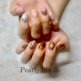 #オフィス #デート #女子会 #ハンド #べっ甲 #ボタニカル #アイシング #レオパード #ショート #ブラウン #メタリック #スモーキー #ジェル #pearly.shell.s #ネイルブック