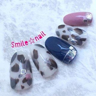 大田原定額ネイルサロン Smile☆nailのyukariです(*^^*) 10月のセレクトコースデザイン✨ 9月はスタンダードなべっ甲を入れたので、10月は白べっ甲🤗 ピンク色とネイビーの組み合わせがとってもお気に入りです❤️ ☆,。・:*:・゚'☆,。・:*:・゚'☆,。・:*:・゚' HPはプロフィールのURLから☆ ご予約は#ネイルブック より 是非アプリをご利用下さい❤️ ☆,。・:*:・゚'☆,。・:*:・゚'☆,。・:*:・゚' ラクマでピアス ミンネでネイルチップを販売してます ٩( ᐛ )و  ネイルチップ→ミンネ https://minne.com/5116ykr (スマイルネイルで検索‼︎) ピアス→ラクマ https://fril.jp/shop/Smile_bijou (スマイルビジュー ネイリストで検索‼︎) ☆,。・:*:・゚'☆,。・:*:・゚'☆,。・:*:・゚' #smilenail #スマイルネイル #大田原市ネイルサロン #大田原市ネイル #大田原ネイルサロン #大田原ネイル #大田原定額ネイル #那須塩原ネイル #那須塩原ネイルサロン #ネイルサロン #西那須野ネイルサロン #お洒落ネイル #個性派ネイル #派手カワネイル #オーダーチップ #nailpic #美爪 #ミンネ #minne #nailbook #ネイリスト仲間募集 #ネイル好きな人と繋がりたい #白べっ甲ネイル #ニュアンスネイル #大人カワイイネイル #10月ネイル #トレンドネイル #秋 #デート #女子会 #ハンド #変形フレンチ #ニュアンス #べっ甲 #ホイル #ミディアム #ホワイト #ピンク #ブラウン #ジェル #ネイルチップ #Smile☆nail #ネイルブック
