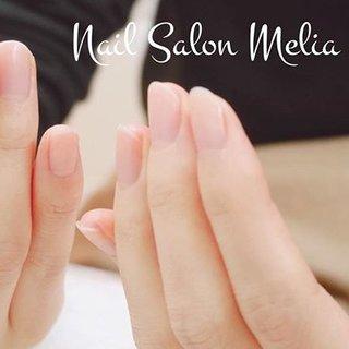 ・ 自然な仕上がりのハンドケア。 ・ ・ Meliaのハンドケアはお湯の中のアロマがふわっと香ってリラックス。 ・ 指先が温まり血流が良くなって、目の疲れ・肩のコリが和らぎます♪ ・ 見た目の美しさだけでなく、心までほぐれるネイルケア。 お色ぬりなしの定番メニューです。 #ネイルケア #自然な仕上がり #ナチュラルネイル #秋 #冬 #オールシーズン #オフィス #ハンド #ショート #クリア #マニキュア #お客様 #melianail #ネイルブック