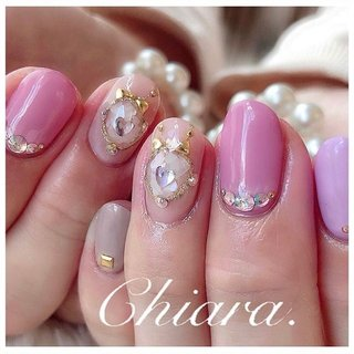 #pinknails 💍♡ (スライド5枚目にMovie有📹💋♥︎)  ブローチは、 パーツでは無く 枠も全て それぞれ一人一人のお爪に合わせて お作りしますので 🌼 小爪さんでも とても可愛く仕上がります ♪ ♡ ✨   いつも ありがとう ♪ ☺︎ 💋♥︎      #nails#nailart#japannail#pink#heartnails#cute#beauty#beautiful#fashion#gelnails#ribbon#ribbonnails#nailbook#naildesign#美爪#美甲#ピンクネイル#ピンク#パステルネイル#ハートネイル#リボンネイル#ブローチネイル#シェルネイル#ネイルブック#ネイルデザイン#ネイル#chiaranails       Instagram → yochan4.nail #オールシーズン #パーティー #デート #女子会 #シェル #ハート #ブローチ #リボン #ピンク #パープル #グレージュ #YokoShikata♡キアラ #ネイルブック