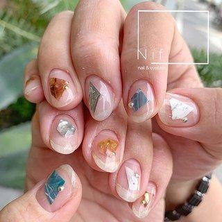 いつも素敵なオーダーをくれる 美容師の @sakikochino さん♬ ▫️ 今回は、オリジナルシールを作って 好きなカタチでペタペタ♡ ▫️ と️ても気に入って頂け、嬉し過ぎる😆❤️ いつもありがとうございます😊! ◽ 使用ジェル(全て @initygel_official ) SV-01P CT-02.09.10C NE-01M WH-01M BK-01M ◽️ #nails #nailart #gelnails #nailsalon #nailstagram #nif #eyelash #initygel #アイニティジェル #マシーンフィルイン #カクテルコレクション  #フィルイン #ヴィンテージコレクション #シンプルネイル #ネイルアート #ネイルデザイン #ネイルサロン #山梨ネイルサロン #甲府ネイルサロン #夏ネイル #ニフ #ジェルネイル #美容 #甲府 #指甲 #美爪 #네일아트 #オールシーズン #リゾート #デート #女子会 #ハンド #シンプル #大理石 #ニュアンス #ブロック #べっ甲 #ショート #ホワイト #クリア #ターコイズ #ジェル #お客様 #WAKIKO #ネイルブック