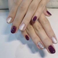 紫色が好きなお客様♪濃さもちょうどいいと喜んでいただけました(〃ω〃)ワンカラーでも2色までえらべますよ。 #オールシーズン #ハンド #シンプル #ミディアム #パープル #シルバー #ジェル #ネイルモデル #aki #ネイルブック