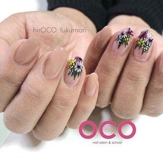 . botanical flowers 💐 . . . 5月のご予約も受付開始いたしました🧸 . hirOCO fukumori @oco_nail #プレストエデュケーター #プリジェルエデュケーター ホットペッパービューティーより ご指名クーポンございます🌙 . OCO nail nail salon & school ⓈⓉⒶⒻⒻアカウント @oco_nail_info  @oco_nail_miho . ▷HOTPEPPER Beauty 掲載中◁ .  #OCOnail #オコネイル #OCOネイル #nara #奈良 #奈良ネイル #奈良ネイルサロン #フィルイン #自爪育成 #深爪育成 #美容部 #個性派ネイル #美爪 #nails #nailart #新大宮 #近鉄奈良 #JR奈良 #NEWネイル #フラワーネイル #flowernails #nuancenails #ニュアンスネイル #botanicalart #hirokofukumori #hirOCOfukumori #OCO nail #ネイルブック
