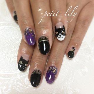 鉢割れネコちゃん❣️#ハロウィンネイル #黒猫 #黒猫ネイル #ハロウィン #ハンド #キャラクター #ミディアム #ホワイト #パープル #ブラック #ジェル #お客様 #sayuri #ネイルブック