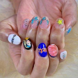 ✴︎10本デザインコース ¥12000✴︎ . . . お客様の好きな方達をネイルに💅💕 いつも長時間コースありがとうござます🙏✨ また沢山可愛いやつ描かせて下さい♪ 次回も楽しみにしております✨ . . . . . . . . ご予約や詳細など、お気軽にお問い合わせ下さい♪ LINEID : m3.nails メール :m3.nails@icloud.com . #m3 #プライベートサロン #プライベートネイルサロン #ネイルサロン#privatenailsalon #東京 #tokyo #原宿 #harajuku #キャットストリート #nail #ネイル #ジェルネイル #gelnails #ニュアンスネイル #ネイルデザイン #sweet #可愛い #派手 #派手ネイル #手書き #手書きネイル #ジュエリーネイル #flowernail #夏ネイル #ターコイズ #天然石 #天然石ネイル #大理石ネイル #オールシーズン #ライブ #ハンド #フレンチ #ラメ #ニュアンス #ミラー #ショート #ホワイト #ブルー #パステル #M3 mako #ネイルブック