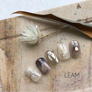 #秋 #冬 #オールシーズン #女子会 #ハンド #ニュアンス #ミラー #ジェル #ネイルチップ #nail salon Leam #ネイルブック