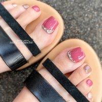 #フット #ビジュー #ピンク #nails___blanche / yuka #ネイルブック
