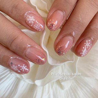 #秋 #冬 #ハンド #グラデーション #ノルディック #雪の結晶 #Private nail salon Dia nail #ネイルブック