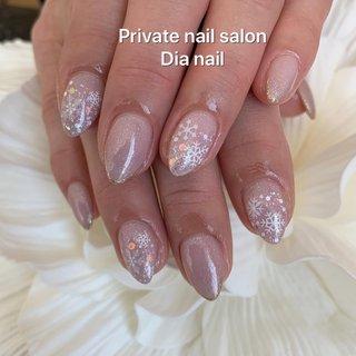 #秋 #冬 #ハンド #ラメ #グラデーション #ノルディック #雪の結晶 #Private nail salon Dia nail #ネイルブック