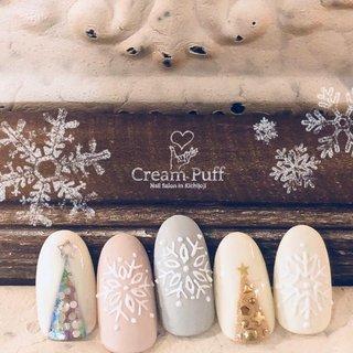 #クリスマスツリー#雪の結晶 #冬 #星 #クリスマスネイル #ホワイト #アイシング #冬 #クリスマス #パーティー #ホログラム #星 #ノルディック #マット #雪の結晶 #ホワイト #ピンク #ゴールド #CreamPuff #ネイルブック