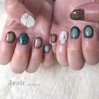 #ハンド #チーク #雪の結晶 #グリーン #ネイビー #ブラウン #Jouir for beauty - hair nail eyelash- #ネイルブック