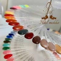 新しいカラーも増えたところで、チャート作成♪ カルジェルに新色が出たのでまだまだ増える予定でおります💅楽しみにしていてくださいね♪ #Nail mekko #ネイルブック