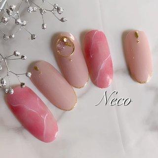 #ハンド #大理石 #ブローチ #ピンク #ジェル #ネイルチップ #nail salon Neco #ネイルブック