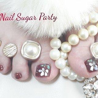 #シェルフラワーネイル #フットネイル ボルドー #フット #ボルドー #Nail Sugar Party ~ネイルシュガーパーティ~ #ネイルブック