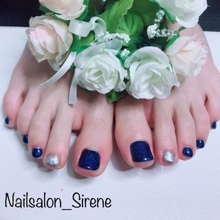 #フットネイル #ブルー  #シルバー  #ワンカラー  #シンプル  #可愛い #オールシーズン #お正月 #フット #ワンカラー #ショート #ブルー #シルバー #ジェル #お客様 #nailsalon_sirene #ネイルブック