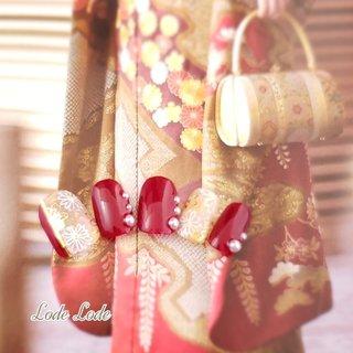 着物ネイル・振袖ネイルです。当店ではたくさんのデザイン、多色でお作りさせていただきます。 新年おめでとうございます。&ご成人おめでとうございます。 https://www.creema.jp/creator/773374/item/onsale  #ネイル #ネイルアート #ネイルチップ #2019 #和 #振袖 #着物 #袴 #結婚式 #成人式 #正月 #卒業式 #1/2成人式 #花 #フラワー #flower #ミンネ #クリーマ #メルカリ #フリル #ラクマ #Lode Lode #お正月 #成人式 #卒業式 #ハンド #シンプル #フラワー #ホイル #押し花 #和 #ミディアム #ホワイト #パステル #ビビッド #ジェル #ネイルチップ #lodelode #ネイルブック