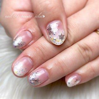 #グラデーションネイル#冬ネイル#雪ネイル#ホロネイル#結晶ネイル#雪の結晶 #nail & beauty éclat❥ #ネイルブック