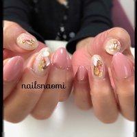 Ancient roses とbig shel がかわいい…💕 ・  2020年元旦💅  #nail #nails #nailsnaomi #福岡ネイル #城南区ネイル #地爪育成 #マシンケア #マシンオフ #シェルストーン #ancientrose #子連れネイル福岡 #nailsnaomi_ #ネイルブック