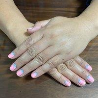 ピンク、水色 いつもとちょっと違う組み合わせ(*´꒳`*) #春 #オールシーズン #ハンド #シンプル #ショート #ピンク #水色 #ジェル #お客様 #yu_ha's #ネイルブック