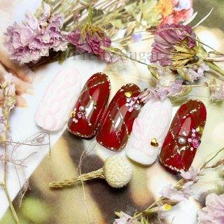ニットネイル🧶 もこもこ手袋🧤 #シェル #ニットネイル #冬 #お正月 #デート #女子会 #ハンド #チェック #マット #アイシング #ホワイト #レッド #ゴールド #ジェル #ネイルチップ #nail_prettysugar #ネイルブック
