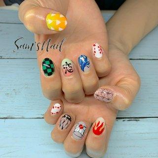 鬼滅の刃の各キャラクターをモチーフにしたネイル✨ .  成人式ネイルまだまだご予約承り中‼️ . 🌵オンライン予約🌵 ネイルブックより受付中 LINE【sam.s_nail】 . #nail#nailart#gelnail#genic_nail#beachnail#Bohemiannail#bohonail#instanails#handpainted#豊橋ネイル#豊橋ネイルサロン#豊橋サムズネイル#豊橋#定額サロン#定額ネイル#ネイル#ネイルデザイン#田原#豊川#蒲郡#ネイル好きな人と繋がりたい#ストーンジュエリー#こだわりサロン#天然石ネイル#手描きサロン#手描きデザイン#鬼滅の刃ネイル#アニメネイル #オールシーズン #お正月 #ライブ #女子会 #ハンド #キャラクター #痛ネイル #ジオメトリック #和 #ショート #カラフル #ジェル #お客様 #Sam'sNail #ネイルブック