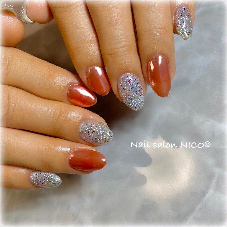 ミラー✖︎ミックスホロ💅✨ #キラキラネイル #派手ネイル #ミックスホログラム #ミラーネイル #育爪中 #nail #nails #naildesign #nailbook #nailart #nailstagram #オールシーズン #パーティー #デート #女子会 #Nail Salon NICO☺︎ #ネイルブック