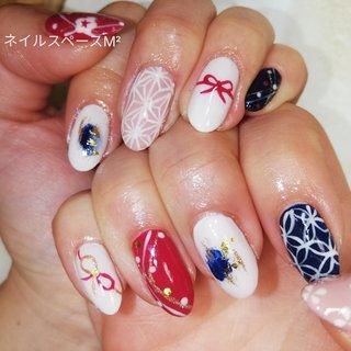 #2020年もよろしくお願いします new year's nails art 2020 やっぱり和柄って素敵です❤️  営業時間9:00~に戻りました! 娘のバスのお時間の予定で10:00~とさせていただいて おりましたが今年に入りバスの時刻が変更になりましたので9:00~営業に戻ります 宜しくお願いいたします☆ #nails💅 #nailsart #japanesenailsart #japanesenails #japanesenail #naildid #lovesnail #ネイル #ネイルアート #ネイルスペースM2 #カントリー工房fraise #fraise #東松戸ネイル #東松戸 #東松戸駅 #松戸市 #和柄デザイン #allseasonnails #ジェルネイル #ハンド #予約受付中 #無料駐車場 #駐車場のあるネイル #ネイルブック #nailbook # #春 #オールシーズン #お正月 #成人式 #ハンド #和 #ミディアム #ホワイト #レッド #ネイビー #ジェル #セルフネイル #mnm1218 #ネイルブック
