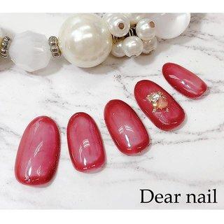 #囲みネイル 実際はもう少しブラウン系ですが 写真撮るとなぜか 赤くなってしまう (*ノω<*) でもとっても素敵な色です 😊  中心は薄く塗って周りはぐるっと囲ってぼかしてます  ぜひお試しください☆  #nail#nails#中村橋#中村橋ネイル#練馬ネイル#富士見台ネイル#練馬区ネイル#春ネイル#春ネイル#ニュアンスネイル2019#Dearnail#ご予約受付中#ホットペッパーからご予約できます#定額デザイン🅰️ #オールシーズン #オフィス #デート #女子会 #ハンド #シンプル #シースルー #ショート #レッド #ブラウン #ジェル #ネイルチップ #鈴子 #ネイルブック