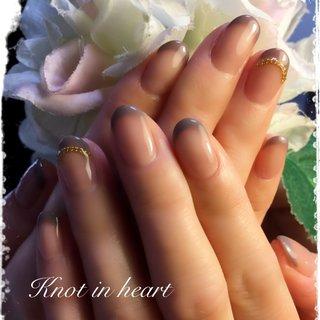 #冬 #オールシーズン #ハンド #フレンチ #knot in heart #ネイルブック
