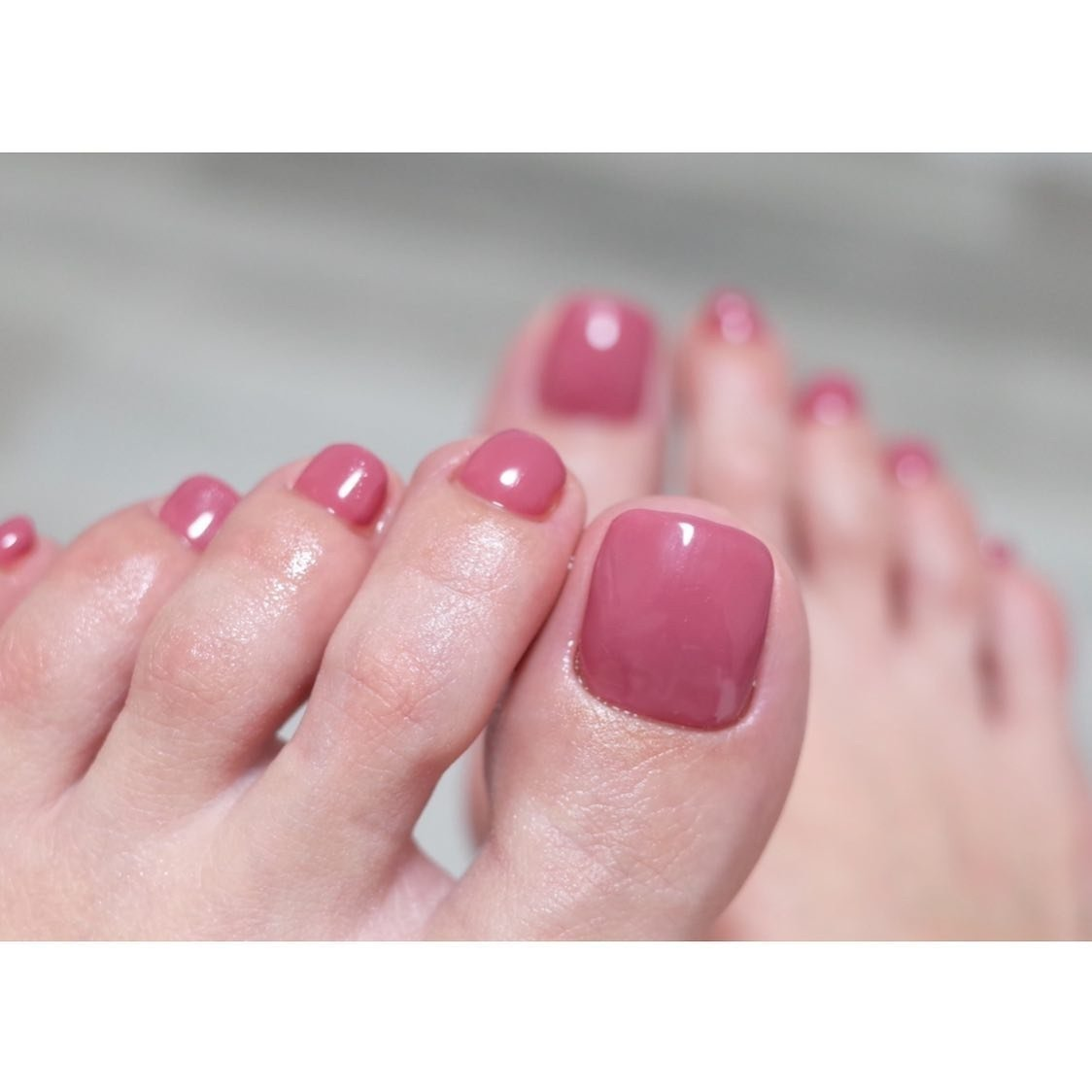 ・ footnail 魅せるネイルを♡  足も手と変わりなく美しく仕上げます ・ ・ nail salon etoile ☎︎0594-32-0165 桑名市陽だまりの丘 private salon お気軽にお問い合わせください♡ ・ ×になっていてもご予約可能な時もあるので お電話でお問い合わせ下さい。  エアブラシセミナー 【mfc./MISNGA/エアブラシdeグラデーション/エアブラシdeアクセサリー 】 美フォルムワンカラーセミナー n.etoile.seminar@gmail.com 随時受付中ですのでお気軽にお問い合わせ下さい。  #ABGEL  #ABconcierge  #footnail #フットネイル #深爪育成  #爪育成 #gelnail  #naildesign  #nailstagram  #美甲 #ネイルデザイン #ジェルネイル  #ネイル  #桑名市ネイルサロン  #네일 #젤네일 #桑名ネイル #四日市ネイルサロン  #2019秋ネイル #2019冬ネイル #like4like #おしゃれさんと繋がりたい #etoile #ネイルブック