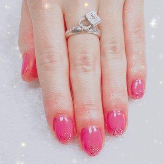 お客様のお肌のお色に合わせて色味の調合をします。 #バレンタインネイル2020  #定額ネイル #オールシーズン #バレンタイン #パーティー #デート #ハンド #シンプル #ラメ #ワンカラー #ショート #ピンク #ボルドー #カラフル #ジェル #お客様 #雪桜 #ネイルブック