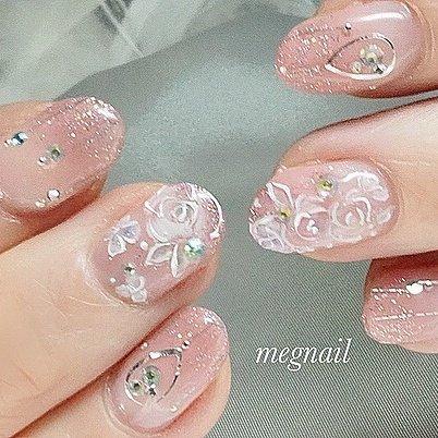 ミニバラ🌹ネイル 透明感ベースで清楚な印象💕  ご来店ありがとうございました😊  #バラ#ミニバラ#rose #bouquet#チェスティ#cute#megnail #美肌#肌馴染み#フラワー#キラキラ#清楚系女子 #ネイル#ネイルデザイン # #ネイルブック#megnail # elegant#beautiful#清楚#上品#nail #素敵#魅力的##綺麗#ジェルネイル#可愛い#上品#女子旅 #女子力アップ #ネイルアート #ネイルピック #春 #バレンタイン #ブライダル #ハンド #グラデーション #フラワー #ミディアム #ピンク #ジェル #お客様 #meg nail #ネイルブック