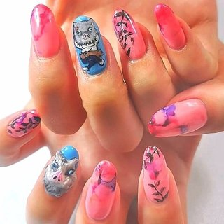 大人気の鬼滅の刃ネイル!  伊之助のリアルな3Dアートと可愛くデフォルメされたフラットアート。  ピンクの爪は禰豆子のイメージで。。。  #nailart #artnail #痛ネイル #キャラクターネイル #キャラクター3dネイル #3dネイル #個性的 #個性的ネイル #手書き #手描き #ネイルサロン大阪 #ネイルサロン兵庫 #ネイルサロン西宮 #プライベートサロン #カウンセリング #カラフルネイル #派手ネイル #アニメネイル #ゲームネイル #quicononails #キコノネイル #paragel #pregel #鬼滅の刃 #鬼滅の刃ネイル #伊之助ネイル #オールシーズン #ライブ #パーティー #女子会 #ハンド #シンプル #痛ネイル #キャラクター #3D #たらしこみ #ロング #ピンク #水色 #カラフル #ジェル #お客様 #ルン #ネイルブック