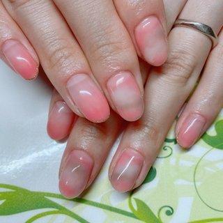 【タイダイネイル】  3カラー使ってタイダイアートを施しました。  タイダイネイルは、マーブルのような色と色とが混ざり合ったデザインと違って色と色の境めをふんわりとぼかすように、なにじませたアートになります。 #ジェルネイル #nail #nails #nailart #naildesign #nailsalon #gel #gelnail #gelart #geldesign #ネイル #ネイルデザイン #ネイルアート #ジェル #ジェルデザイン #instagram #インスタグラム #ワードプレス #wordpress #nailbook #ネイルブック #仲町台ネイルサロン #センター南ネイルサロン #ネイルサロンリブール #nailsalonlibur #ホットペッパービューティー #hotpepperbeauty #Googleマイビジネス #シンプル #シンプルネイル #カラー #仕上がり綺麗 #上品ネイル #タイダイネイル #タイダイアートネイル #オールシーズン #オフィス #デート #女子会 #ハンド #グラデーション #タイダイ #ミディアム #ホワイト #ピンク #ブラウン #ジェル #お客様 #nailsalon_libur #ネイルブック