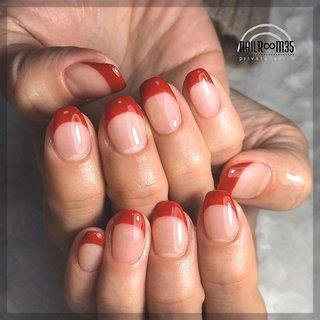 . ✴︎ RED french ✴︎ . used color ⁑ クイーンレッド . french . #フレンチ #レッド #nailr∞m35 #ネイルブック