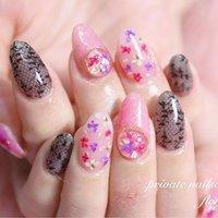 #ドライフラワーネイル ❃ #ラインフィルム も入れて盛りだくさんに☺️ 親指まで可愛い😍💕 ありがとうございました(⑅˃◡˂⑅) . . . . . . *♥︎*。.。・*♥︎*・。.。*♥︎*・。.。*♥︎*。.。 private nailsalon floral ❤︎神奈川県川崎市久地駅❤︎ ♡予約受付中♡ LINE⏩@obx1250m mail⏩nail.floral2017@gmail.com . . . #久地 #久地ネイルサロン #久地ネイル #武蔵溝の口ネイル #二子玉川ネイル #登戸ネイル #溝の口ネイル #武蔵新城ネイル  #溝の口ネイルサロン #ルクジェルエデュケーター  #LUCUGEL #ルクジェル #LUCUGELeducator #privatenailsalonfloral #nailfloral #ネイルフローラル #大人可愛い  #大人可愛いネイル #ゆめかわネイル  #ゆめかわ #冬ネイル  #押し花ネイル #春 #パーティー #デート #女子会 #ハンド #ワンカラー #フラワー #シースルー #押し花 #レース #ミディアム #ピンク #ブラック #パステル #ジェル #*private nailsalon floral**M** #ネイルブック